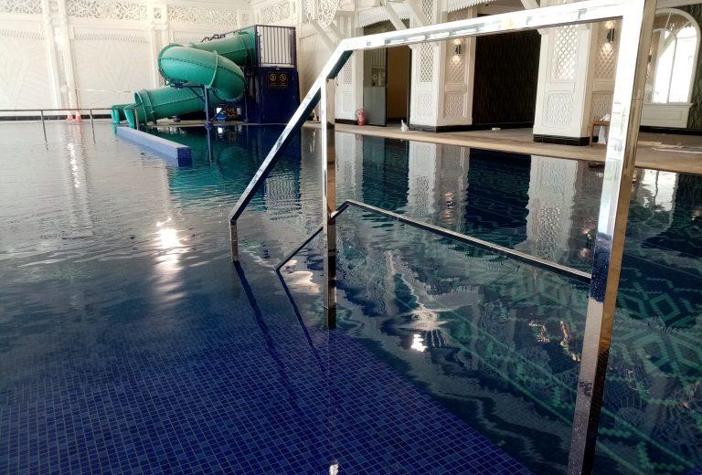 Balustrady nierdzewne w Hotel Mercury w Zakopanem